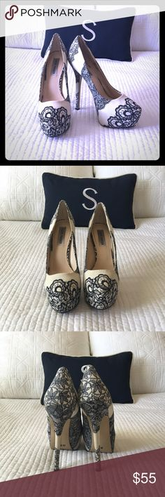 Black and White Steve Madden heels Steve Madden Black and White paisley print heels.  Gorgeous with any wardrobe. Worn once in great condition. Steve Madden Shoes Platforms