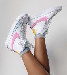 Jordan Shoes Girls, Girls Shoes, Nike Air Force 1, Asos, Nike Air Shoes, Vogue, Aesthetic Shoes, Hype Shoes, Dream Shoes