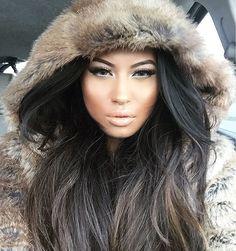 Fur Fashion, Womens Fashion, Winter Gear, Rabbit Fur, Furs, Best Makeup Products, Lana, Women Wear, Beautiful Women