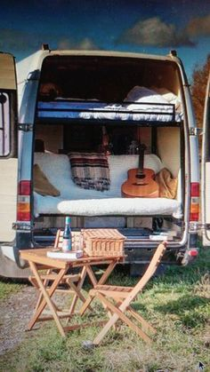 Beautiful RV Camper Does Van Life Remodel Inspire You. You're likely to have to do something similar for van life also. Van life lets you be spontaneous. Van life will consistently motivate you to carry on. Kombi Motorhome, Bus Camper, Camper Life, Rv Campers, Camping Diy, Camping Hacks, Camping Ideas, Kombi Home, Vanz