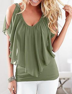 47 Plus Size Blouses To Copy Right Now 2019 - Fashion Moda 2019 Plus Size T Shirts, Plus Size Blouses, Chic Outfits, Fashion Outfits, Fashion Blouses, Fashion Trends, Fitness Video, Mode Top, Elegant Outfit