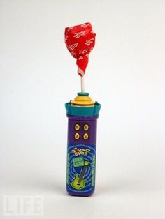 Because who didn't want to hear horrible sound bites of songs while eating a spinning lollipop