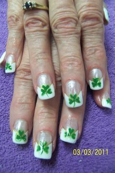 Here's some clovers for March nails.  shamrocks - Nail Art Gallery
