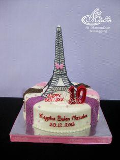 Eiffle Tower Cake  Pesanan Mba Arri Setyo untuk ultah Qeysha Bulan Nahuza Keysha yang ke-10, tanggal 30 Desember kemaren (Pesanan terakhir th 2013)  Terima kasih pesanannya Mba Arrie ^^ ditunggu repeatnya yach hehehehe