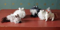 OMG knitted cats!