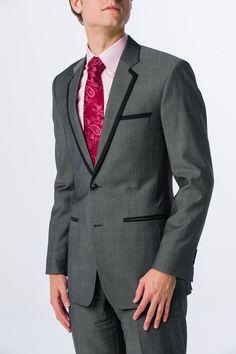 Maatpak met contrasterend revers, maatoverhemd en stropdas