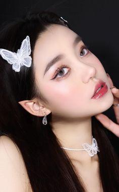 Rave Makeup, Glam Makeup, Makeup Inspo, Makeup Inspiration, Beauty Makeup, Korean Makeup Look, Asian Makeup, Aesthetic Eyes, Aesthetic Makeup