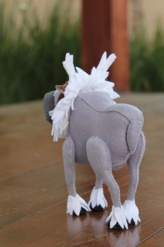 Frozen - Tiny Dreamers Sven , rena em feltro. Felt reindeer