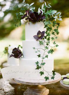 three tier ivy cake