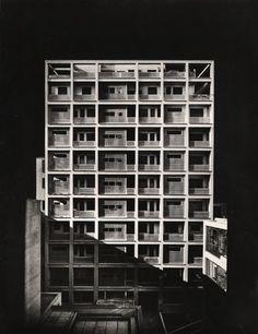 Figini e Pollini - Edificio per abitazioni e uffici via Broletto, Mailand