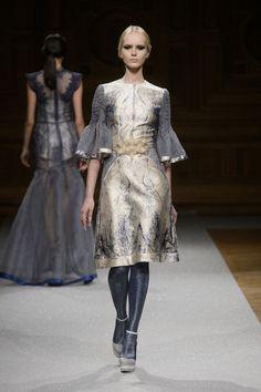 Défile Oscar Carvallo Haute couture Automne-hiver 2014-2015 - Look 29