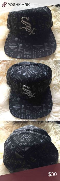 NWOT Chicago White Sox Printed Snapback Brand new, no flaws or imperfections. It's a tribal print, black, white, and gray pattern. It's a snapback, so one size fits most. The brand is New Era! New Era Accessories Hats