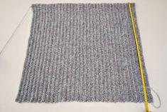 Basic Shrug Pattern – How Lovely! Shrug Knitting Pattern, Knit Cardigan Pattern, Loom Knitting Patterns, Easy Knitting, Knitting Yarn, Crochet Patterns, Double Knitting, Easy Crochet Shrug, Gilet Crochet
