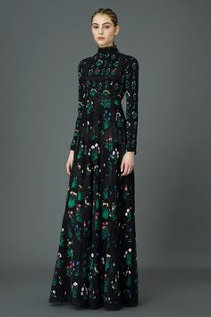 Valentino Pre-Fall 2015 Runway – Vogue - Celia Birtwell