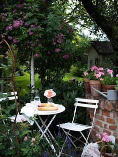 Linear 324 - Kolekcie | Modrastrecha.sk Flat Roof House, Outdoor Furniture Sets, Outdoor Decor, French Farmhouse, Brunch, Garden, Home Decor, Blog, Homemade Home Decor