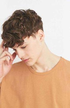 with Brown Hair Messy Hair Short Haircut for Men Dark Brown Hair Hair Brown Hair Boy, Brown Curls, Brown Aesthetic, Aesthetic Boy, Boy Hairstyles, Curled Hairstyles, Curly Hair Men, Dyed Hair Men, Man Hair