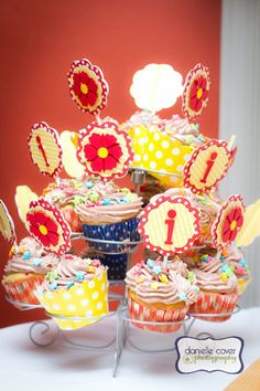 Gorgeous Red and Yellow Owl Birthday Party - (cool) progeny #birthday #party #owlparty #redandyellowparty
