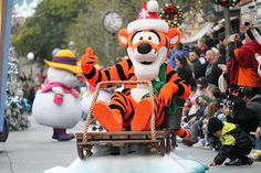 Taken on December 17, 2011 during A Christmas Fantasy Parade on Main Street USA, Disneyland (Disneyland Resort, Anaheim, CA) Acquire cash back on every one of you Xmas buying. This is not some little benefits program. Acquire {real  genuine 
