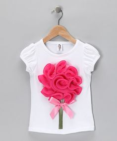 Take a look at this Light Pink & Hot Pink Large Flower Tee - Toddler & Girls by 2 Crystal Chicks: Girls' Apparel on today! Zerschnittene Shirts, Cut Up Shirts, Tie Dye Shirts, T Shirt Yarn, Party Shirts, T Shirt Diy, One Direction Shirts, Matching Couple Shirts, Crochet Shirt