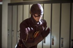 Promo images for The Flash season 1 episode 6 – 'The Flash is Born'