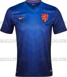 62021e6c4742a Camisa reserva da Holanda volta a ser azul - Coleção de Camisas.com