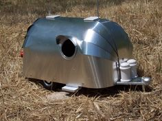 of course if I'm going to have a Shasta birdhouse, I also have to have an Airstream birdhouse!