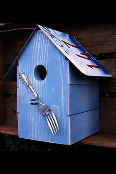 Shabby Chic License Plate Birdhouse
