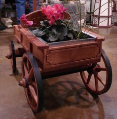 Amish Old Fashioned Buckboard Wagon - Medium Premium