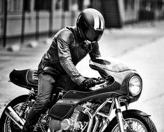 motorcycles : Photo