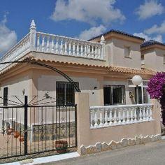 2 Bedroom Quad In Benimar, Alicante