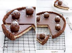 Recept na nepečenú bounty tortu: Zamilujete si ju hneď po prvom kúsku! Ice Cream Recipes, Cheesecake Recipes, Cheesecakes, Sweet Recipes, Waffles, Food And Drink, Pudding, Sweets, Cookies