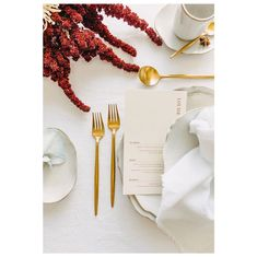 Our brushed gold cutlery looking stunning with our hand molded stoneware plates. Crisp white and gold wedding. Wedding Cutlery, Gold Cutlery, Hand Molding, Dessert, Gold Wedding, Stoneware, Wedding Styles, Wedding Inspiration, Perth Australia