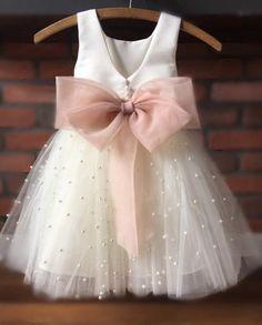 Flower Girl Robes, Blush Flower Girl Dresses, Tulle Flower Girl, Blush Dresses, Bridesmaid Dresses, Princess Flower, Flower Girls, Girls Pageant Dresses, Little Girl Dresses