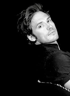 105/? favorite Sam Claflin photos