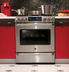 """GE C2S985SETSS 30"""" Freestanding Dual Fuel Range with 5 Sealed Burners, 20,000 BTU Tri-Ring Burner, 5.4 cu. ft. Oven Capacity, Convection Cooking, Non-Stick Griddle and Baking Drawer"""