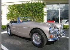 #23. 1967 Austin-Healey 3000 BJ8 Mk III... (never quite certain who the two-tone paint option was aimed at, but whatevs)!