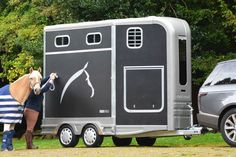 Horse Carriage, Horse Stables, Horse Farms, Horse Transport, Concession Trailer, Horse Trailers, Horse Stuff, Horse Riding, Recreational Vehicles