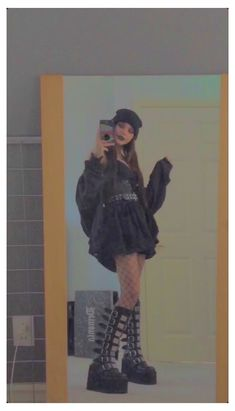 Adrette Outfits, Indie Outfits, Retro Outfits, Cute Casual Outfits, Grunge Outfits, Fashion Outfits, Pastel Goth Outfits, Gothic Outfits, Aesthetic Grunge Outfit