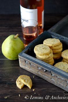 Cheddar and Fennel Seed Crackers | @Jean Pope | Lemons & Anchovies