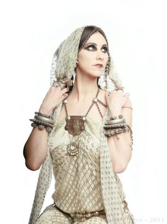 Gorgeously styled photo... What beautiful vintage assiut/assuit.    Rachel Brice
