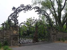 Full view of the gate   Entry Gate, Atunyote Golf Course, Tu…   Flickr