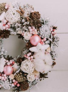 Рождественский венок белый с розовым. D25см. Изготовление под заказ. в магазине «Me Flowers Decor.» на Ламбада-маркете