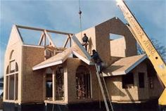 Credit: Insulspan Structural panels are energy efficient, composite panelized systems that are manufactured assemblies used in residential and light commercial structures. Types include structural insulated panel systems (SIPs) or stressed skin panels and Insulated Concrete Forms, Structural Insulated Panels, Building A Cabin, Green Building, Building Homes, Sips Panels, Commercial Construction, Building Materials, Roofing Materials
