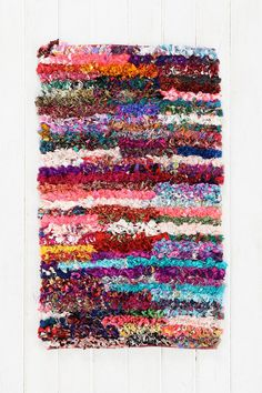Eliza Shag Rug - deff gonna DIY this! Funny Welcome Mat, Welcome Mats, Dorm Rugs, Apartment Essentials, Nook And Cranny, Bathroom Rugs, Bathrooms, Throw Rugs, Decoration
