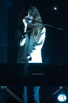 Beach House Unveil New Material in Miami  Baltimore band previews tunes from upcoming LP 'Bloom'      Read more: http://www.rollingstone.com/music/news/beach-house-unveil-new-material-in-miami-20120509#ixzz1uONatONX