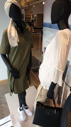 Normcore, Backpacks, Style, Fashion, Store Windows, Swag, Moda, Fashion Styles, Backpack