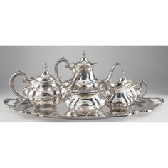 """Reed & Barton """"Hampton Court"""" Sterling Service Sold $4,800"""