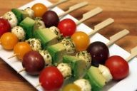 Pesto Mozzarella Balls & Veggie Skewer Appetizers. I'm going to have to try this. Looks delish!