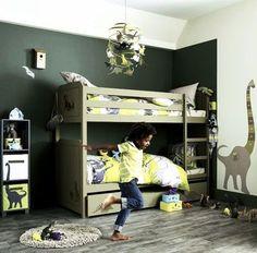 La déco dans la chambre d'un enfant évolue aussi vite qu'il grandit. Pour créer un lieu coloré et proche de sa personnalité, découvrez 10 idées bien inspirées !