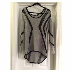 FINAL PRICE CUT Gray & Black Striped Swirl Sweater This comfortable sweater looks great with leggings and boots | Perfect for grabbing drinks with the girls | Long enough to cover your behind | Dex Sweaters Crew & Scoop Necks